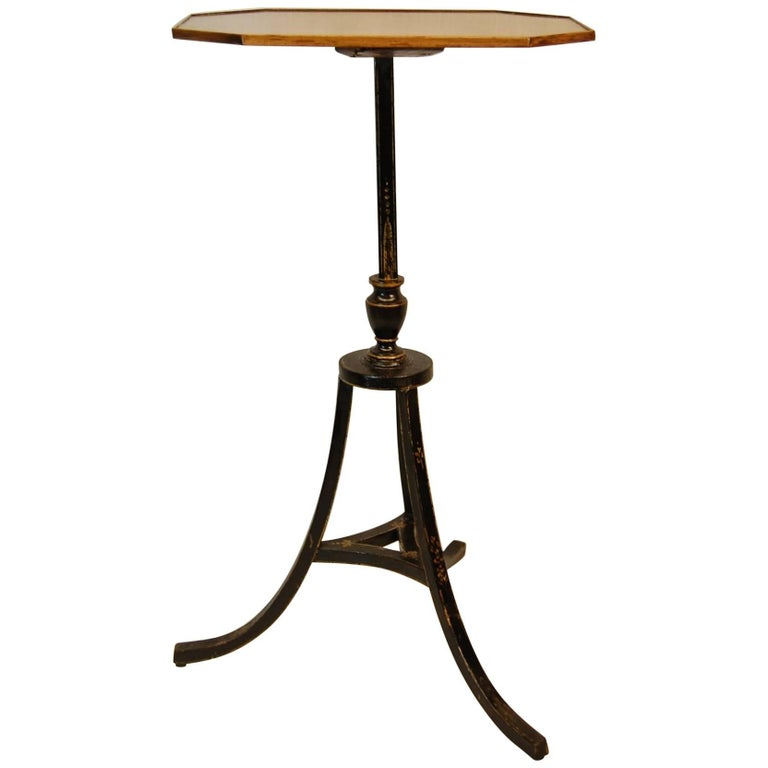 English Hepplewhite Pedestal Candle Stand circa 1800, Black Lacquered Base For Sale