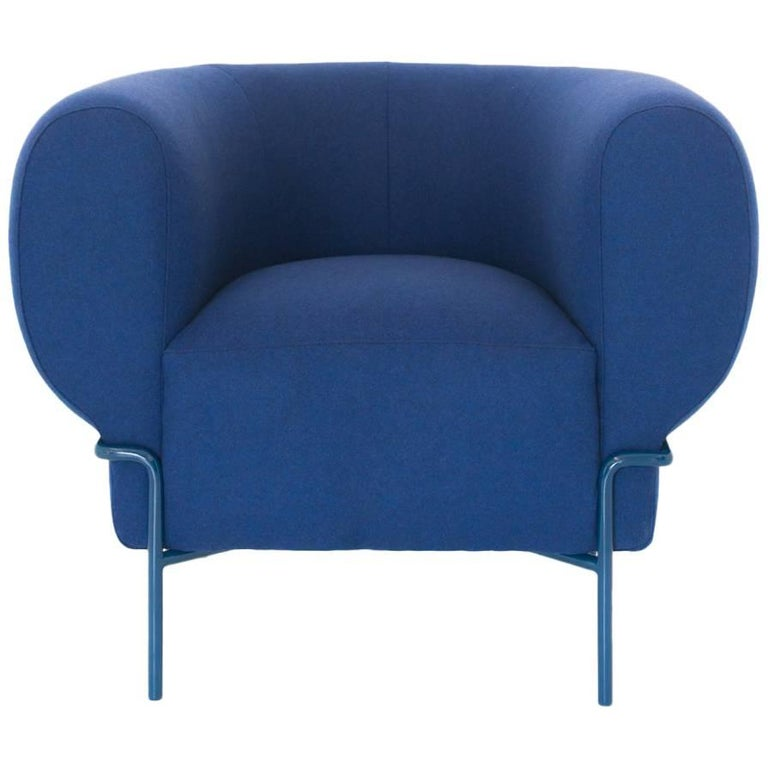 Contemporary Madda Lounge Chair in Blue Wool For Sale