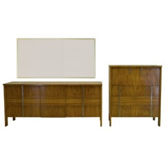 Tall Bedroom Dressers - 37 For Sale on 1stdibs