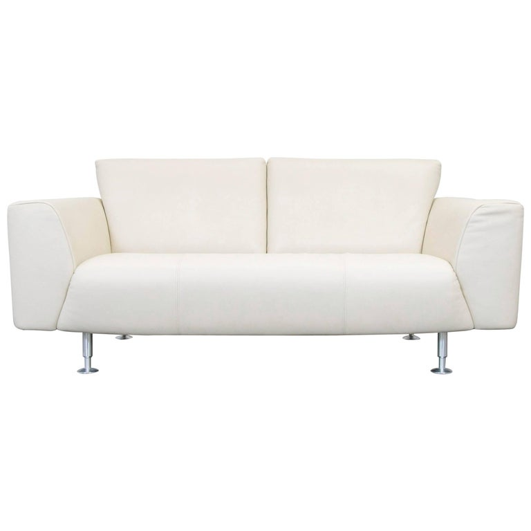 rolf benz designer leather sofa cr me white two seat couch modern for sale at 1stdibs. Black Bedroom Furniture Sets. Home Design Ideas