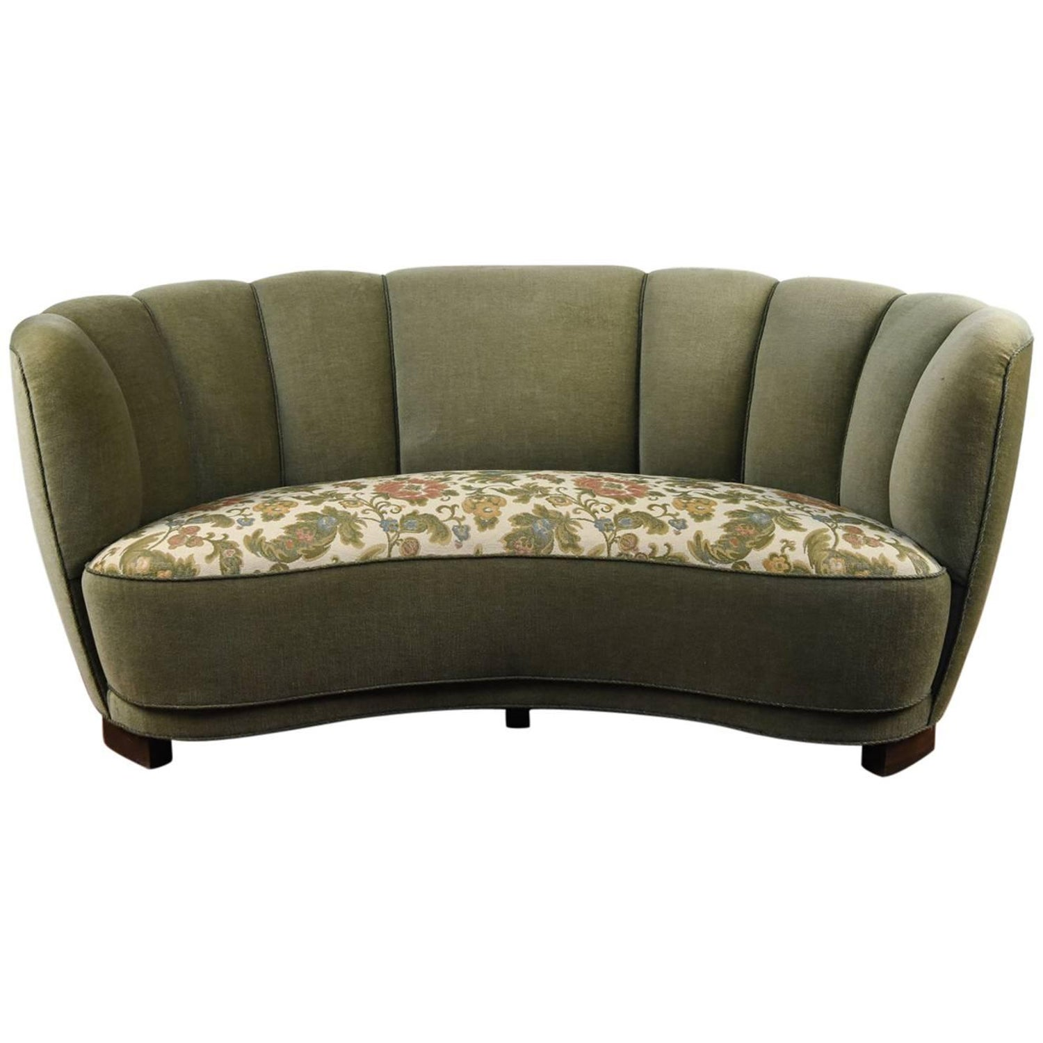Mohair Sofas 59 For Sale at 1stdibs