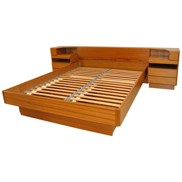 Danish Modern Teak Modular Queen Size Bed And Nightstands