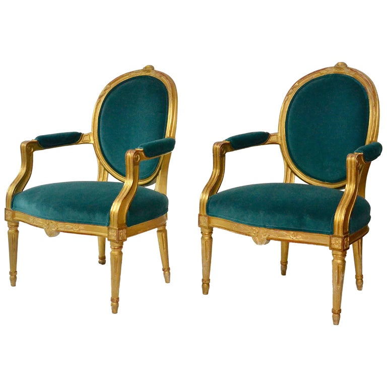 Very Fine Pair of Gustavian Giltwood Armchairs, Stockholm, circa 1780