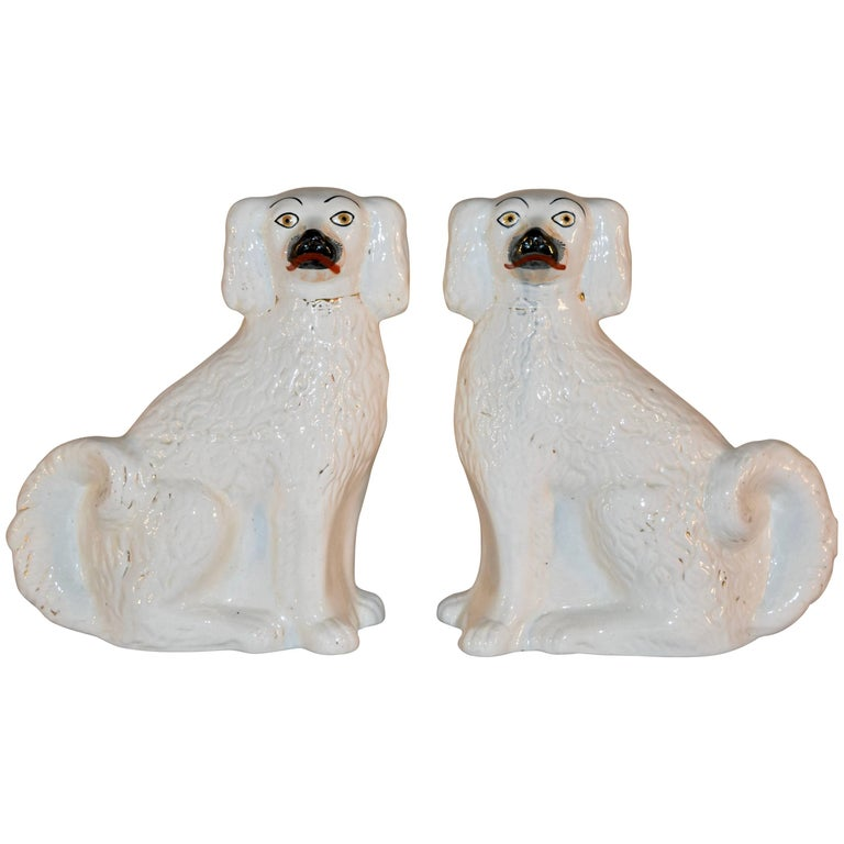 Pair of 19th Century Staffordshire Dogs For Sale