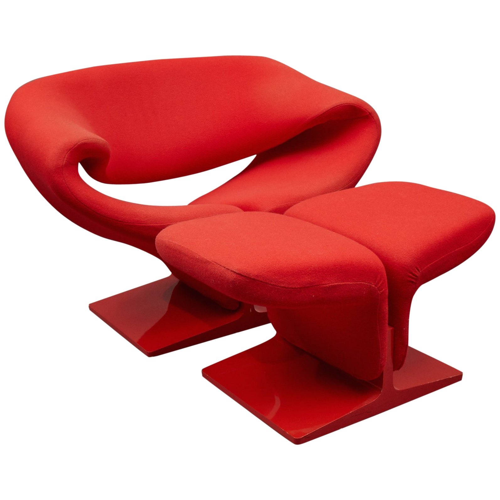 """""""Ribbon"""" Lounge Chair and Ottoman by Pierre Paulin for Artifort"""