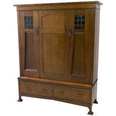 Oak English Arts & Crafts Wardrobe or Armoir, 1900s