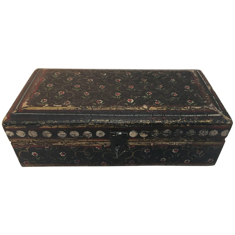 Rajhastani Hand-Painted Decorative Footed Tea Box