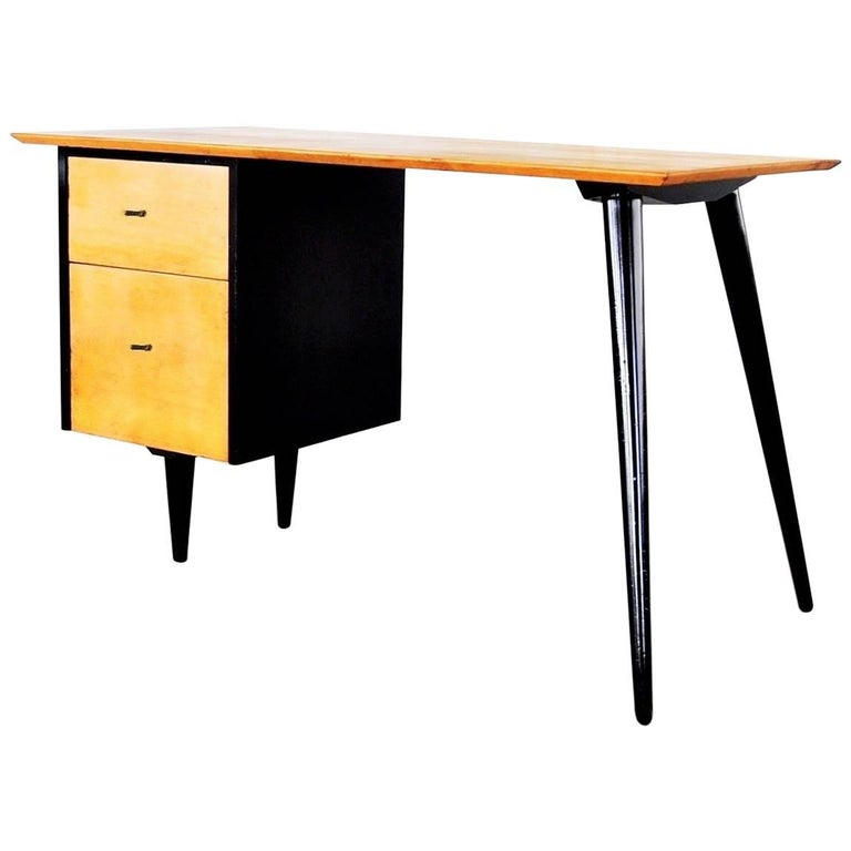 "Two-Tone Paul McCobb ""Planner Group"" Desk"
