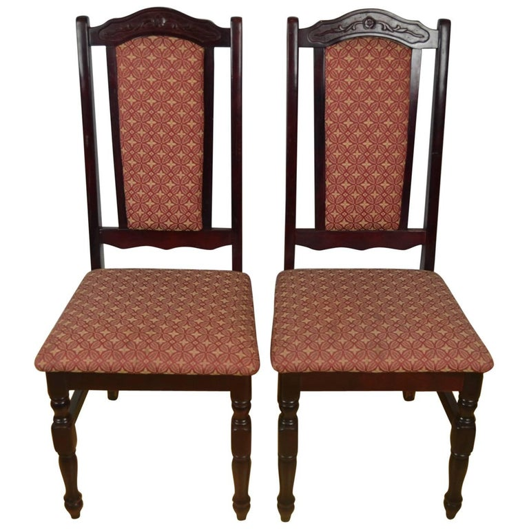 Set of 50 Dining Chairs, Late 20th Century For Sale