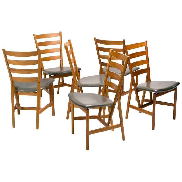 Set of Six Scandinavian Shaker Chairs