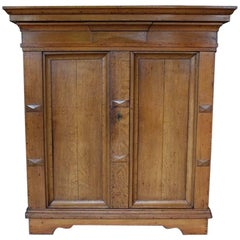 19th Century Oakwood Cabinet