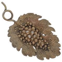 Silver Gilt Vine Leaf Caddy Spoon Made in Birmingham in 1807 by Joseph Willmore
