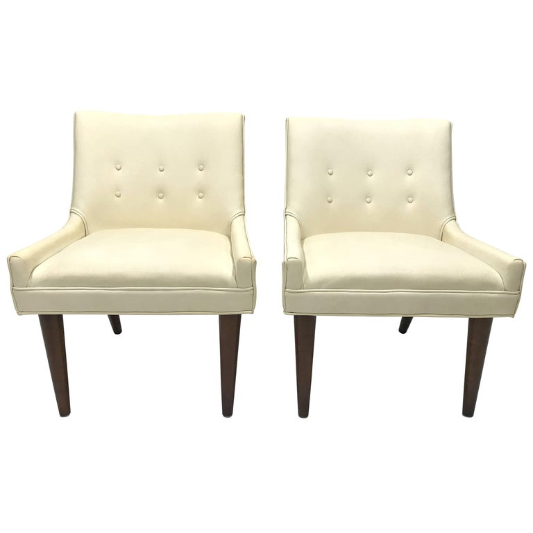 Pair of Slipper Chairs in the Manner of Milo Baughman for Thayer Coggin For Sale
