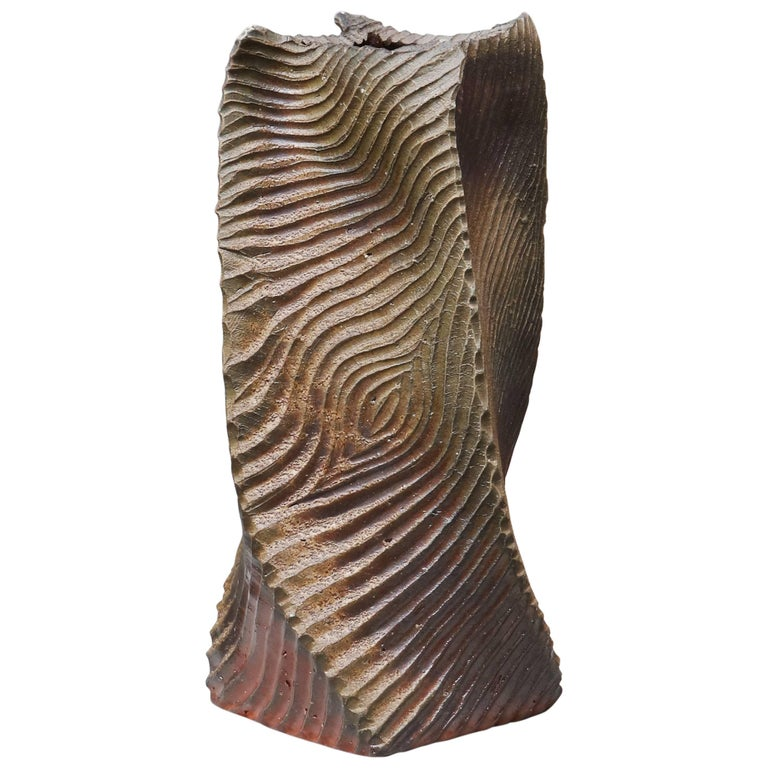 Nakano Tomomasa Bizen Stoneware Vase from the Okayama Prefecture For Sale