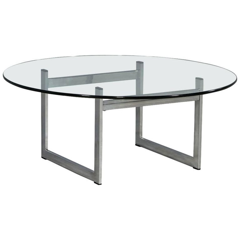1970s chrome and glass round cocktail table for sale at 1stdibs. Black Bedroom Furniture Sets. Home Design Ideas