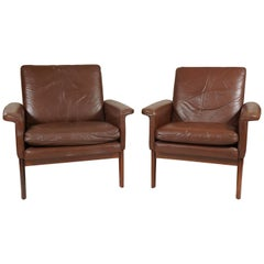 Pair of Leather Armchairs in the Style of Finn Juhl