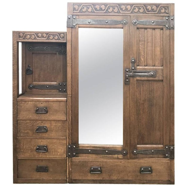 arts and crafts oak treble wardrobe with five drawers by liberty and co for sale at 1stdibs. Black Bedroom Furniture Sets. Home Design Ideas