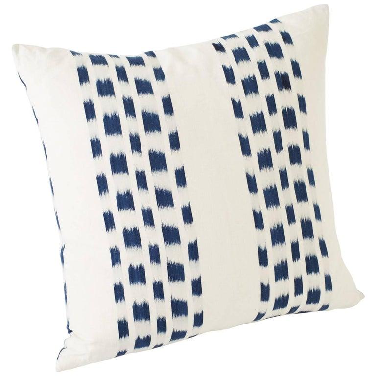 """Schumacher Izmir Stripe Ikat Woven Indigo Blue Two-Sided 20"""" Linen Cotton Pillow For Sale"""