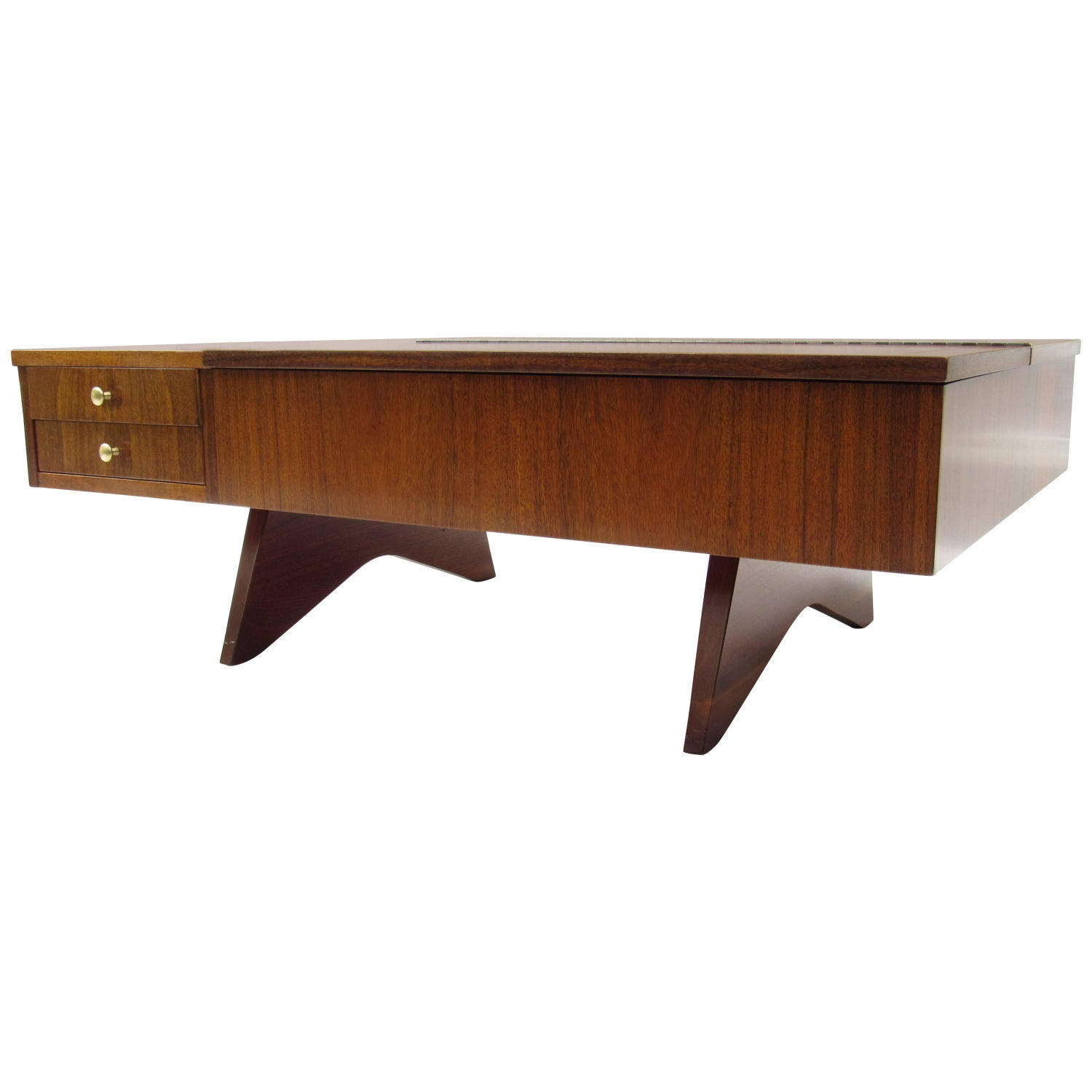 George Nakashima Coffee and Cocktail Tables 26 For Sale at 1stdibs