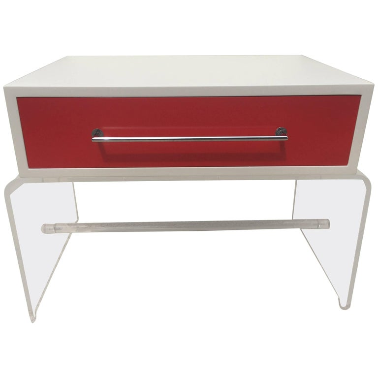 Tommi parzinger lucite white and red lacquered end table for White nightstand table