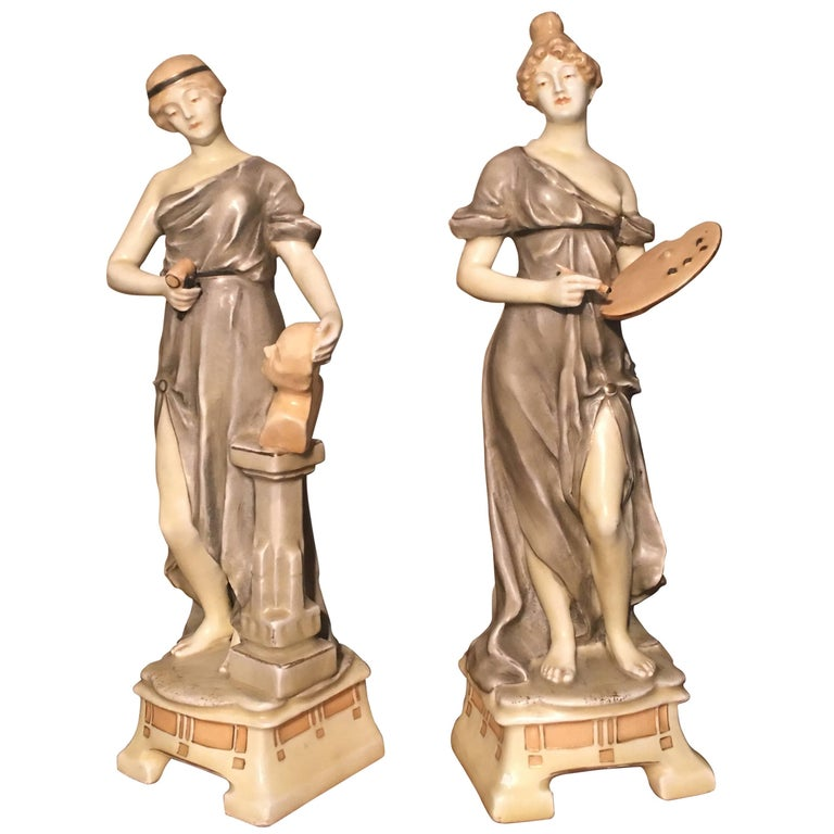 Royal Vienna Artist and Sculptor Ceramic Women For Sale