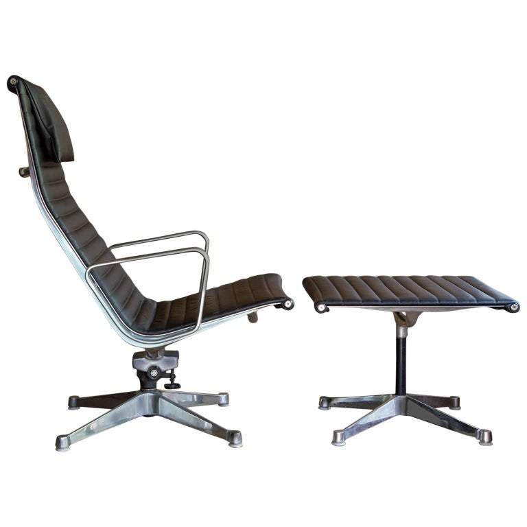 1958, Ray & Charles Eames for Herman Miller, Lounge Chair EA 124 + EA 125 For Sale
