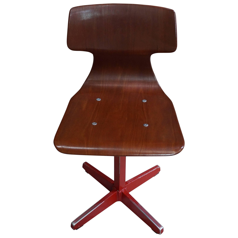 Galvanitas Children's Pagwood 1960s Chair