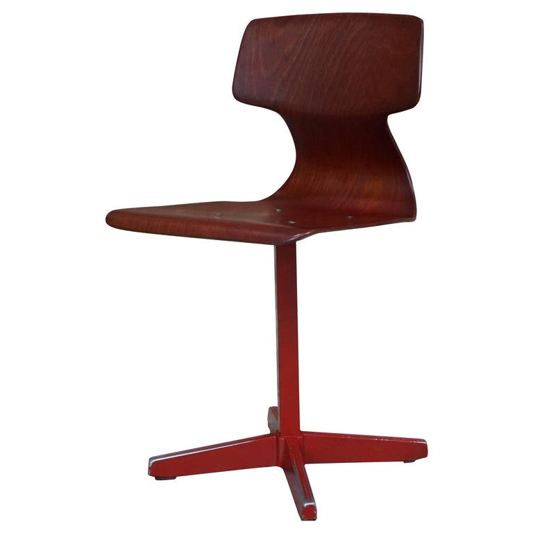 Galvanitas Children's 1960s Pagwood Chair