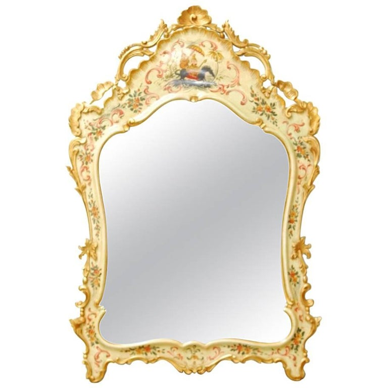 Venetian Chinoiserie Gilt and Lacquered Mirror