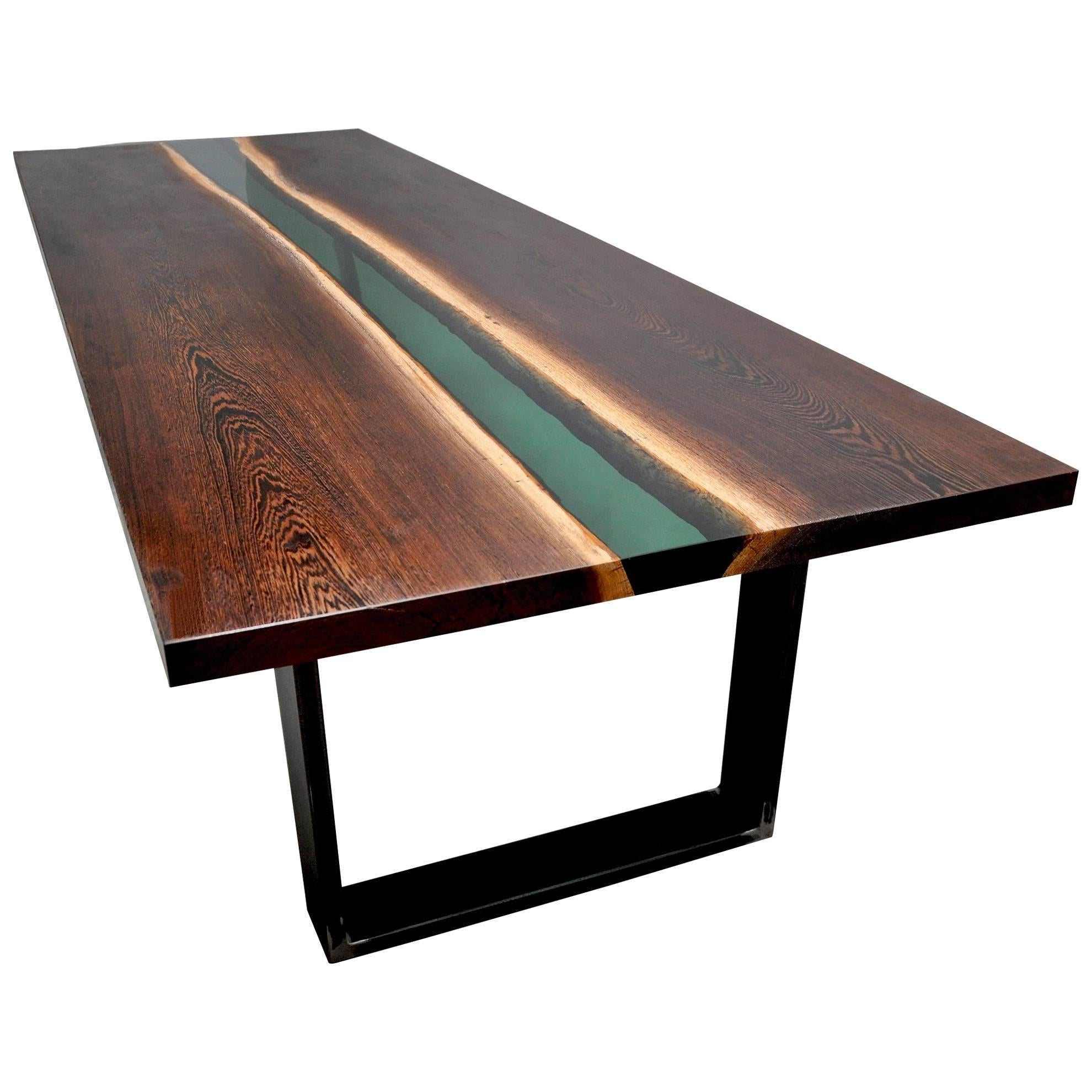 Merveilleux Emerald Forest Dinning Table Or Conference Table In Wenge Wood And Resin  For Sale
