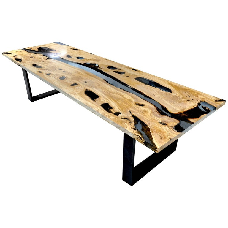 Calabra Olive Tree Dinning Table with Blue Transparent Resin For Sale