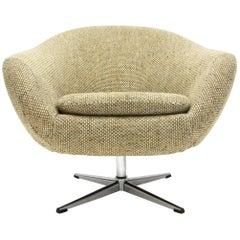 Overman Swivel Chair in Original 1970s Beautiful Tweed Upholstery