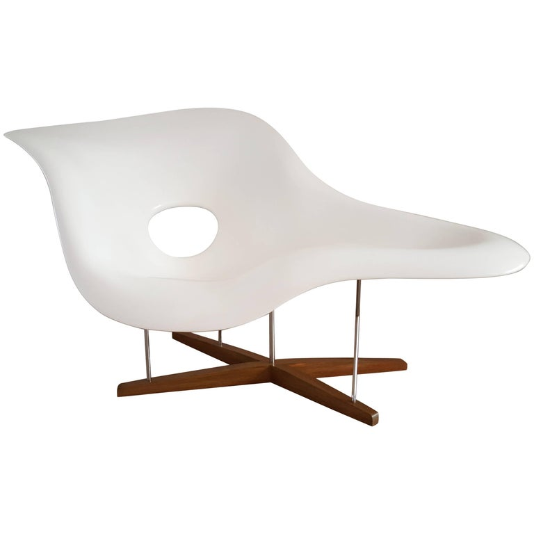 Charles eames 39 la chaise 39 vitra first issue edition at for Chaise eames vitra