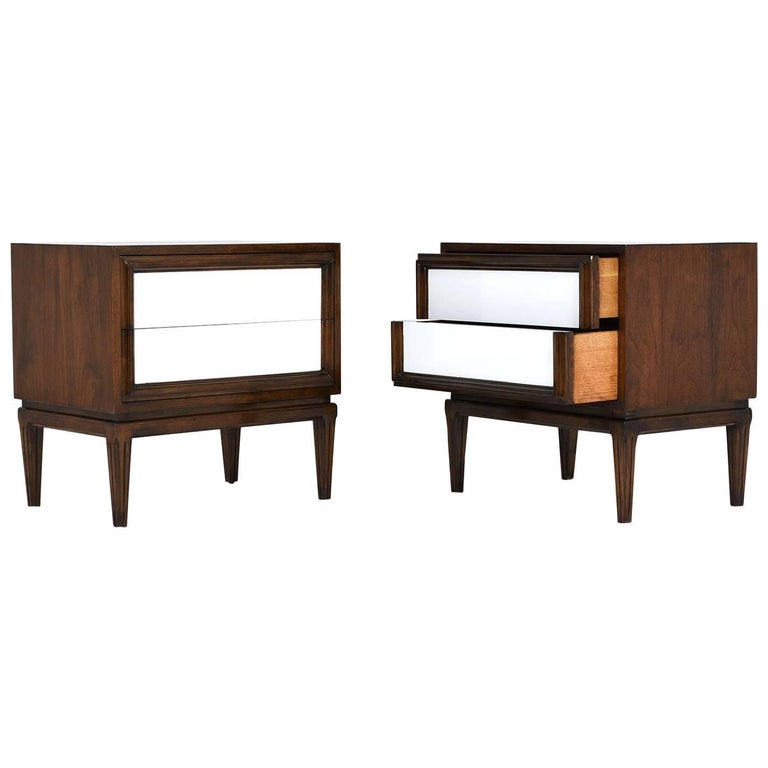 Pair of Mid-Century Modern-Style Nightstands