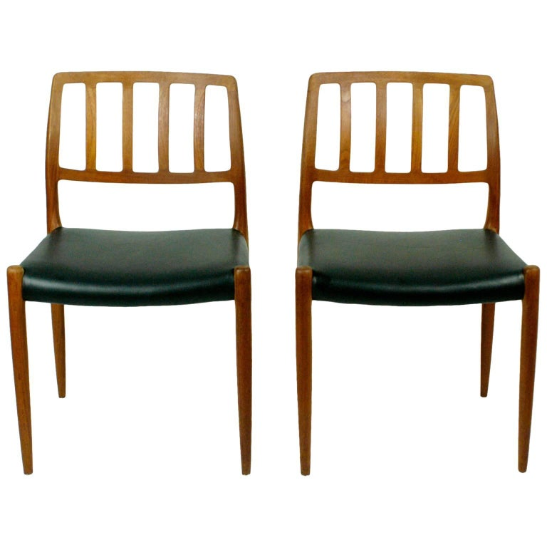 Pair of Two Scandinavian Modern Niels Otto Möller Teak Dining Chairs Mod. 83 For Sale