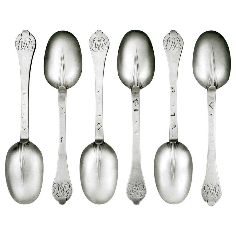 Set of Six William III Trefid Spoons made in London by Joyce Issod in 1697 For Sale