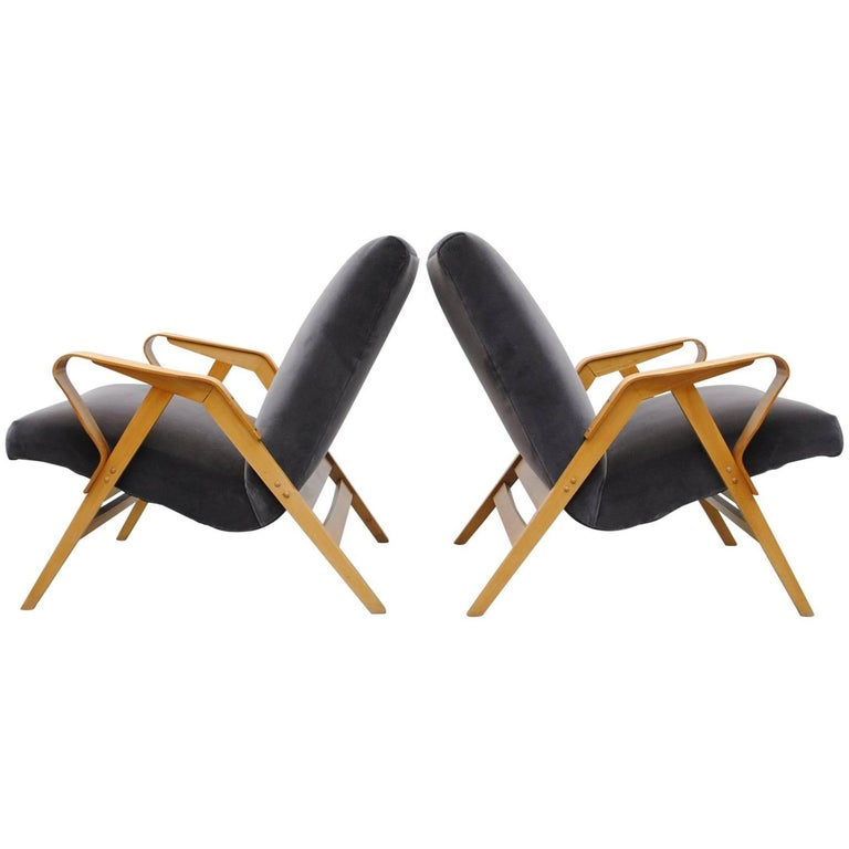 Pair of Czech Tatra Bent Plywood Lounge Chairs in Grey Velvet 1