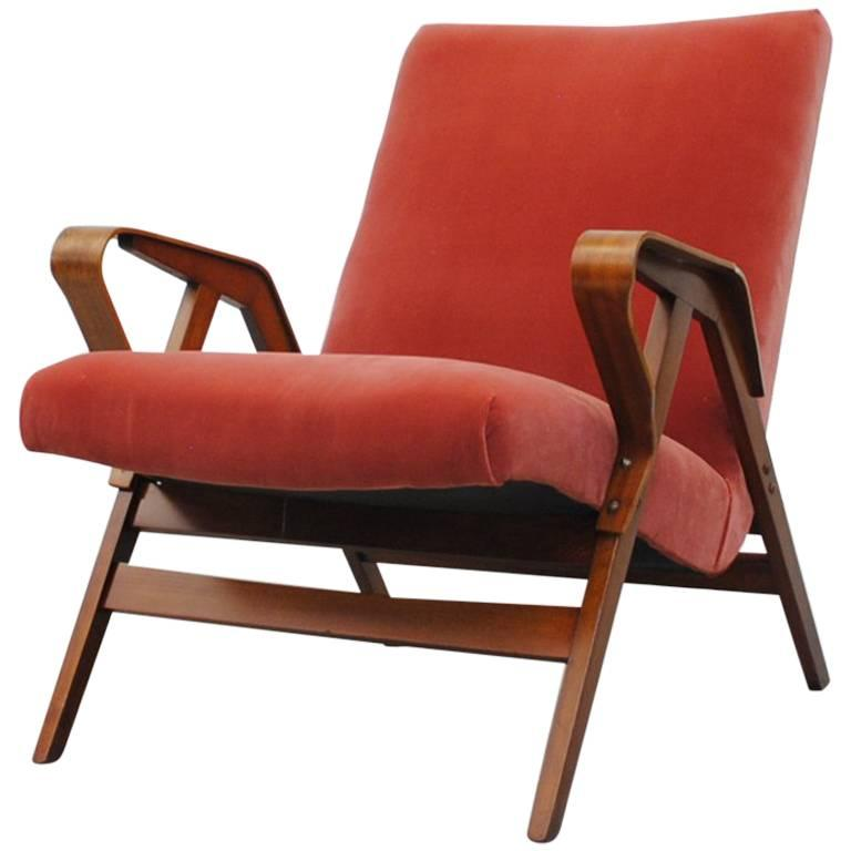 Tatra Bent Plywood Lounge Chair in Velvet 1