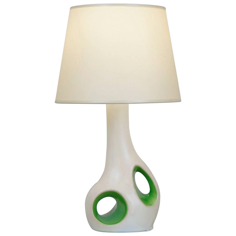 1970 White and Green Ceramic Table Lamp For Sale