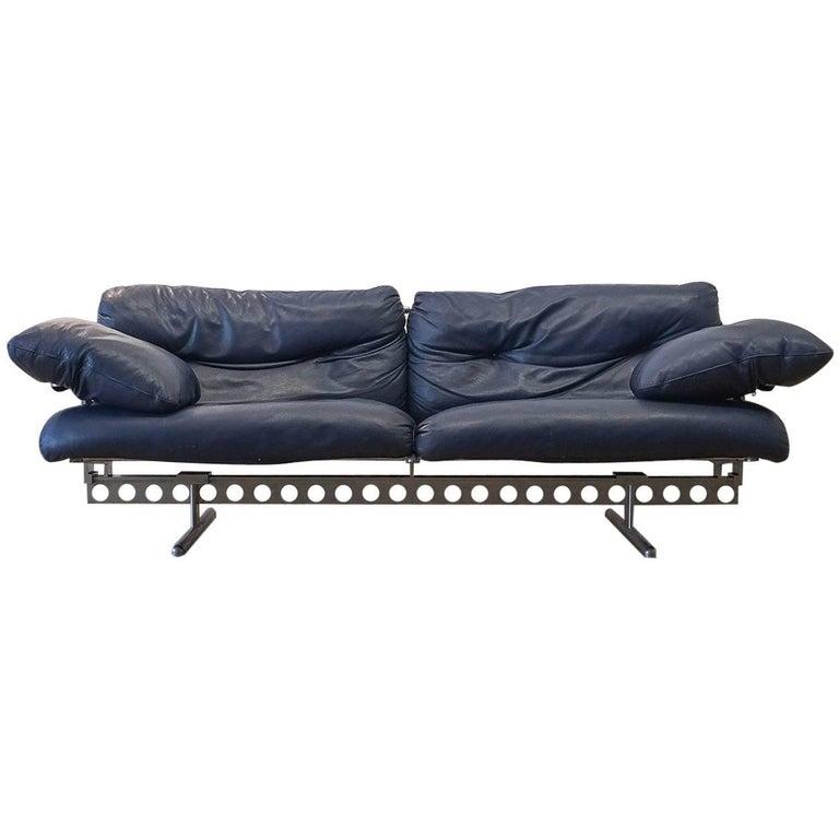 pierluigi cerri ouverture leather sofa for poltrona frau. Black Bedroom Furniture Sets. Home Design Ideas