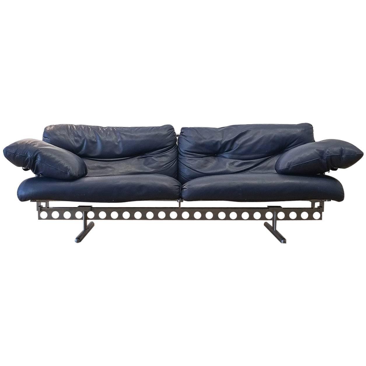 Superbe Pierluigi Cerri Ouverture Leather Sofa For Poltrona Frau, Italy, 1980 For  Sale