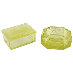 Bohemian Art Deco Yellow Vaseline Czech Glass Set Ashtray and Box, circa 1930s
