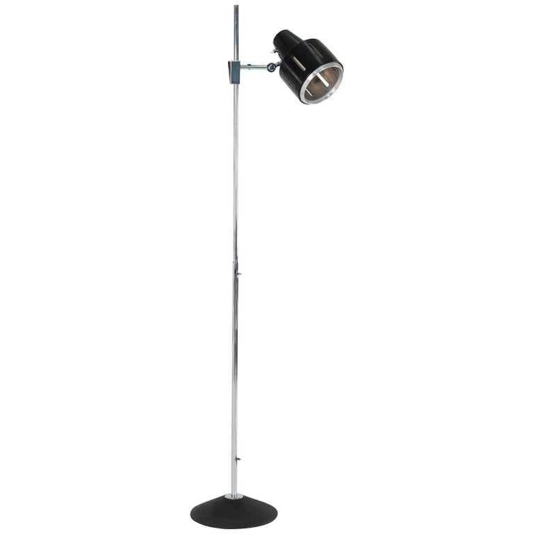 "Model ""4092"" Adjustable Floor Lamp by Stilnovo, 1960s For Sale"
