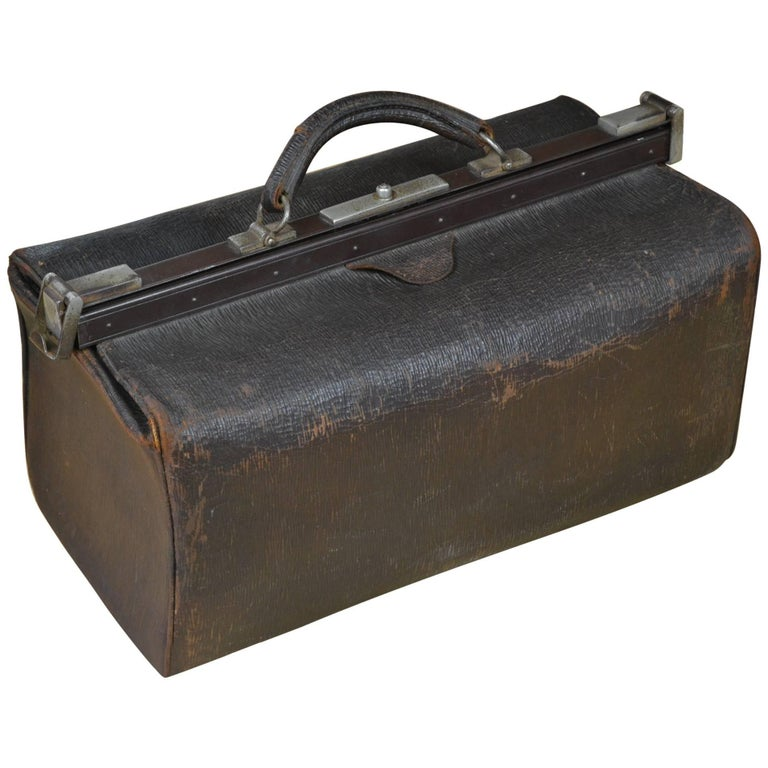 Antique Leather Doctor's Bag For Sale at 1stdibs