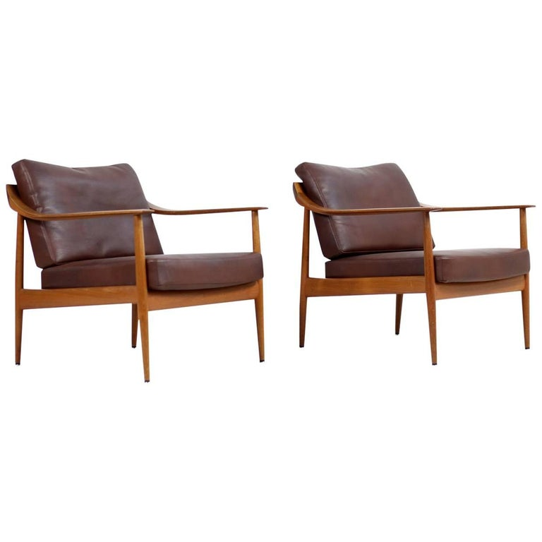 Pair of 1960s Teak & Leather Easy Lounge Chairs Knoll Antimott Mid-Century 1