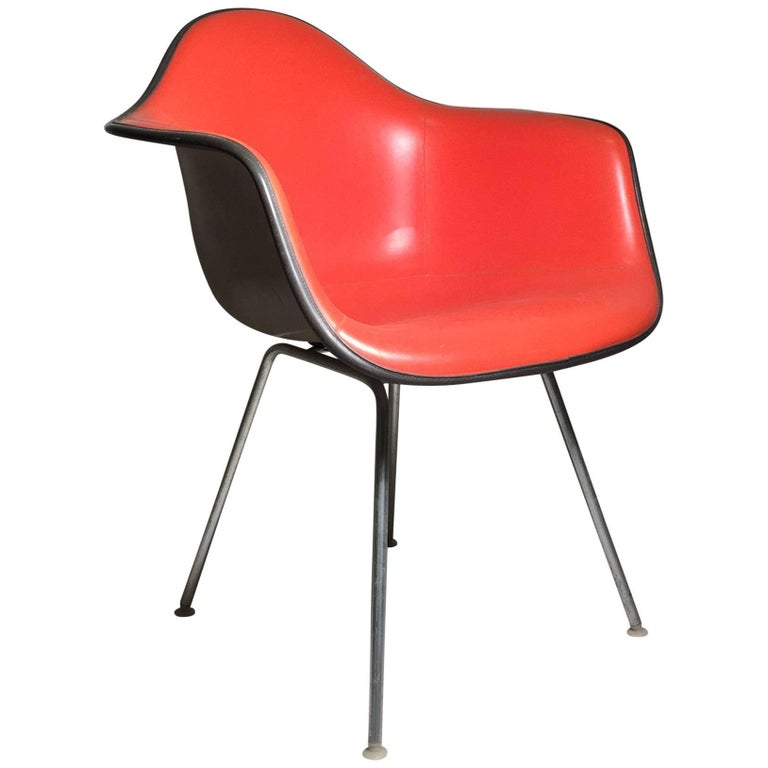 Herman Miller Charles Eames Shell Chair Is a Nice Orange on Taupe Fiberglass