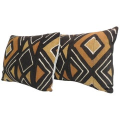 Pair of Vintage Graphic African Artisanal Textile Mud Cloth Decorative Pillows