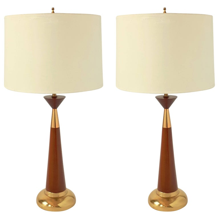 Pair of Walnut Table Lamp, in the Style of Tony Paul, 1950s, USA