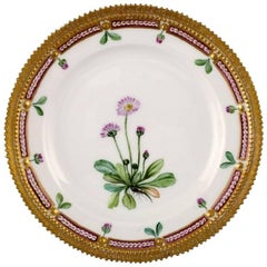 Royal Copenhagen Flora Danica Lunch Plate Model Number 20/3553