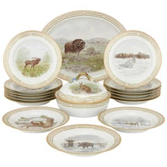 17-Piece Flora Danica Dinner Service by Royal Copenhagen Porcelain